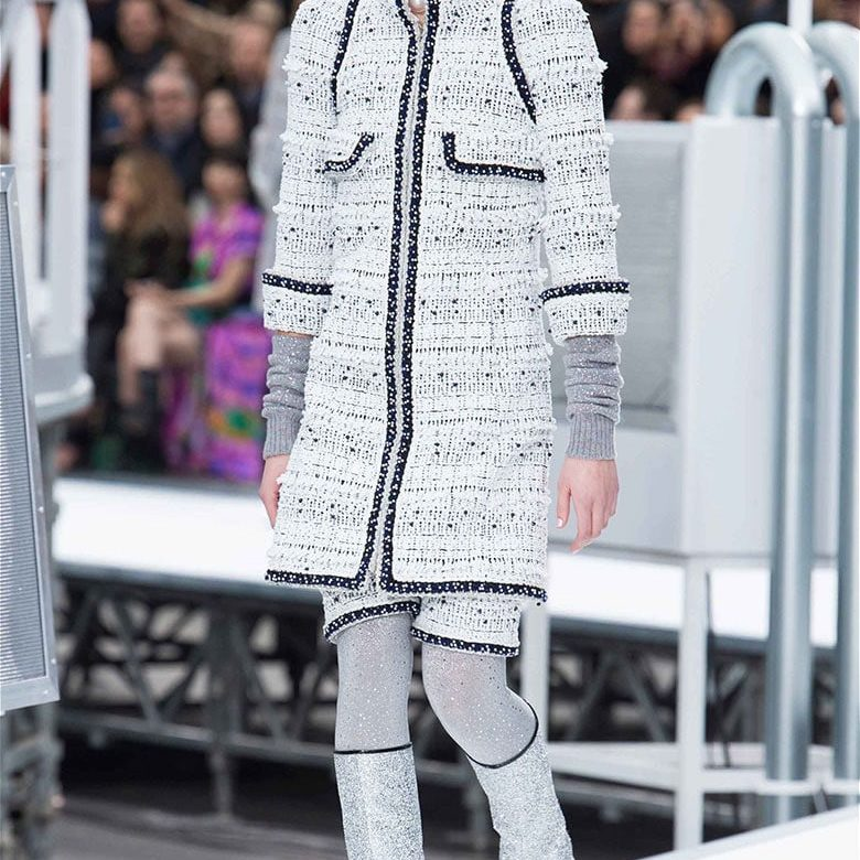 Chanel Fall Winter 2017/2018 Rocket Heute Couture