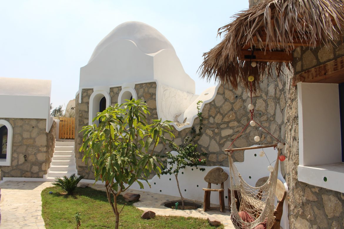 Taimur El Hadidi main house building of recycled concrete