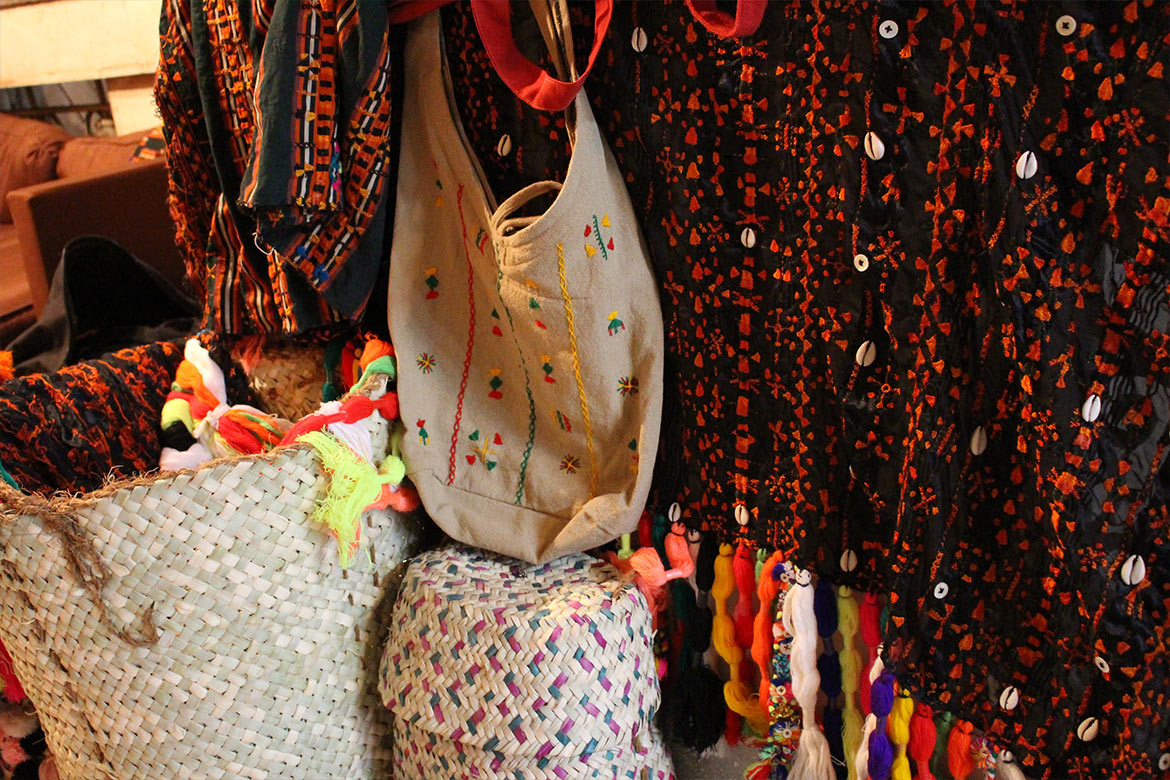 Siwa traditional handmade crafts colorful fabrics black and red