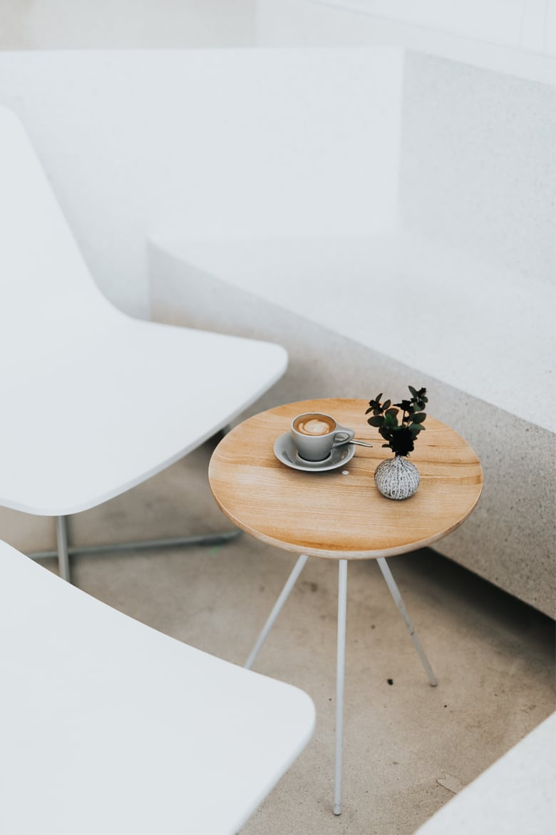 Minimal white interior design Linesmag