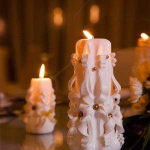 white bridal candle - wedding accessories - event planning